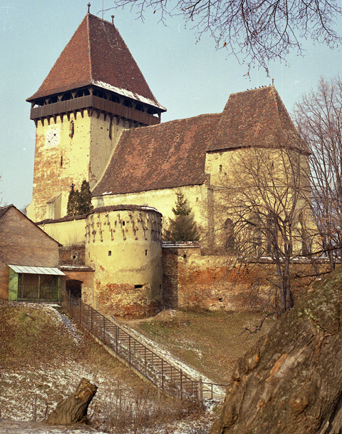 Die Kirchenburg in Eibesdorf. Foto: Dr. Hermann ...