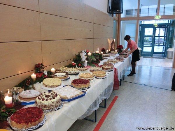 Bilder von Zendersch - Kuchenbuffet - Informationen zu Siebenbürgen ...